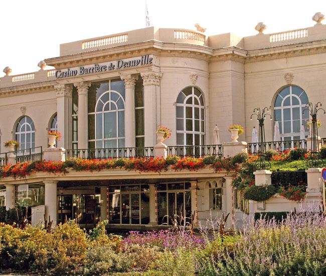 Alentours 08 - Deauville et son célèbre Casino