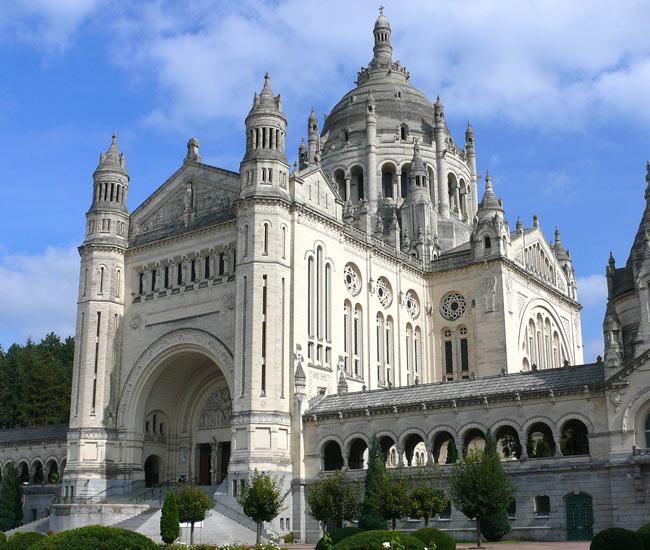 Alentours 11 - La basilique de Lisieux