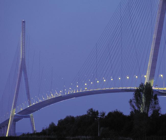 Alentours 23 - Le pont de Normandie