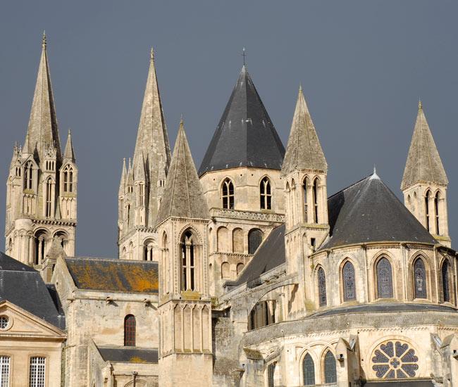 Alentours 31 - Abbaye à Caen