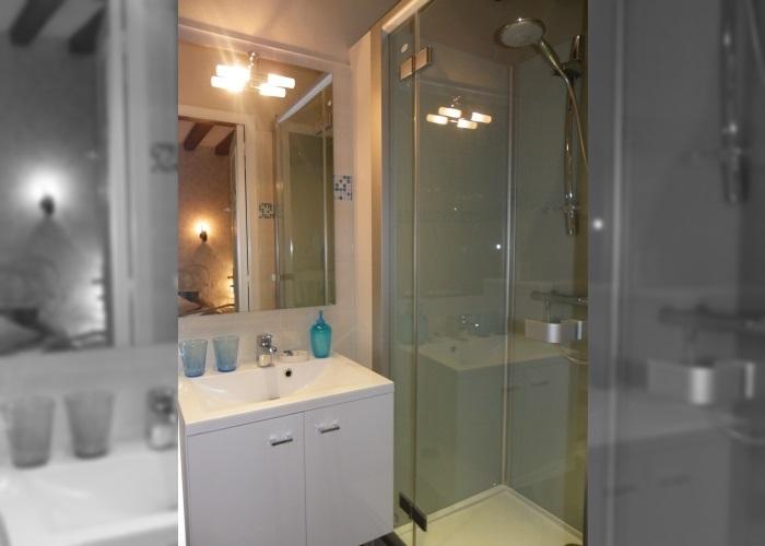 Chambre d'hôtes Pervenche - Salle de douche