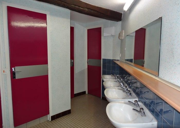 Gîtes de groupe 02 - Salle de bain