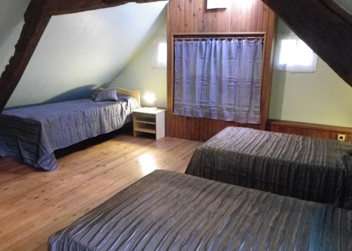 La Vennerie - Dortoir avec lits simples